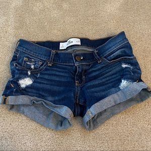 Hollister shorts size 25